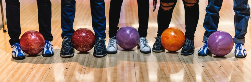 Team bulding bowling