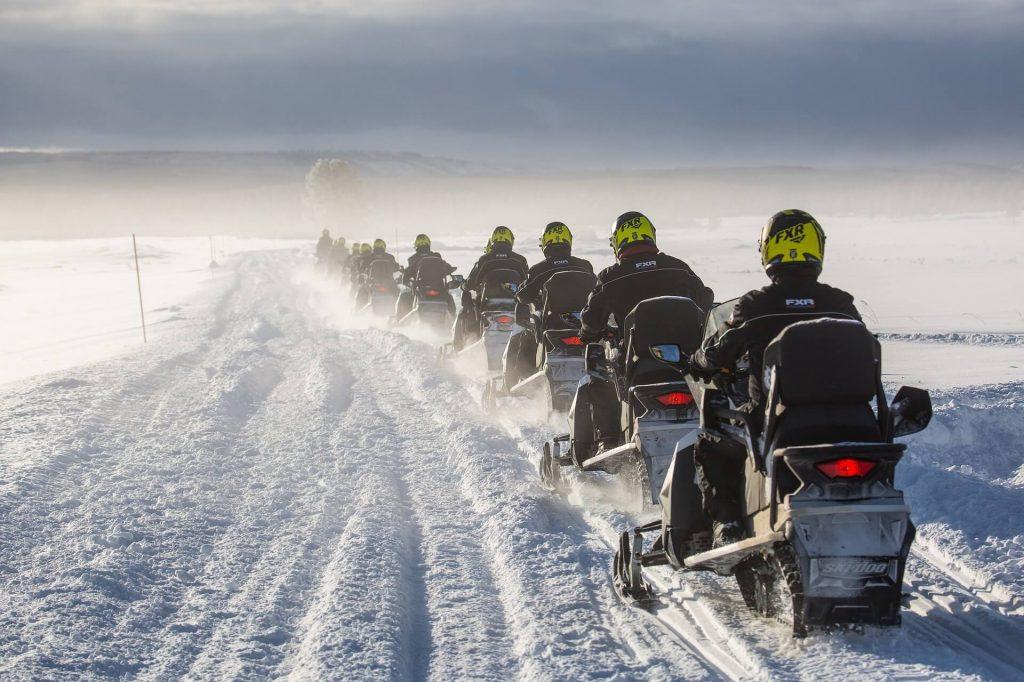 activité sportive : motoneige