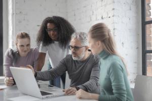 management et le travail